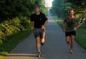 Former Navy SEAL Stew Smith Shares Tips to Avoid Muscle Cramps when Running